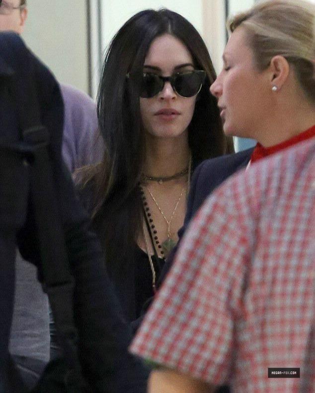 Megan Fox Arriving at Sydney - September 5, 2014